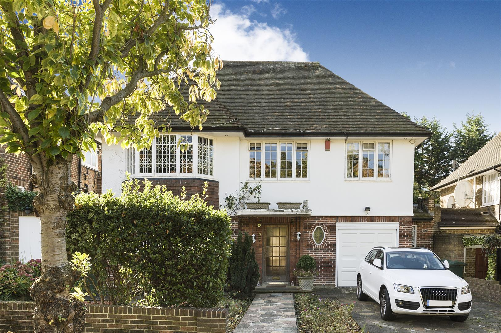 5 Bedrooms House for sale in West Heath Close, Hampstead, London NW3